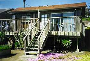 Pelican house - Bodega Harbor Inn
